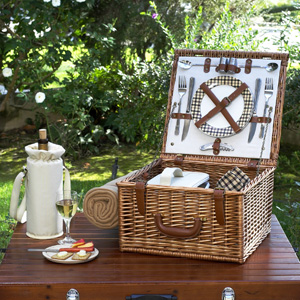 Cheshire Picnic Basket for Two
